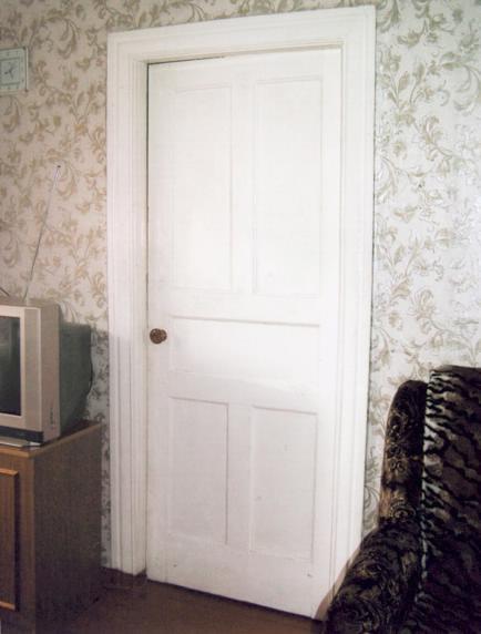 Типичная советская дверь
