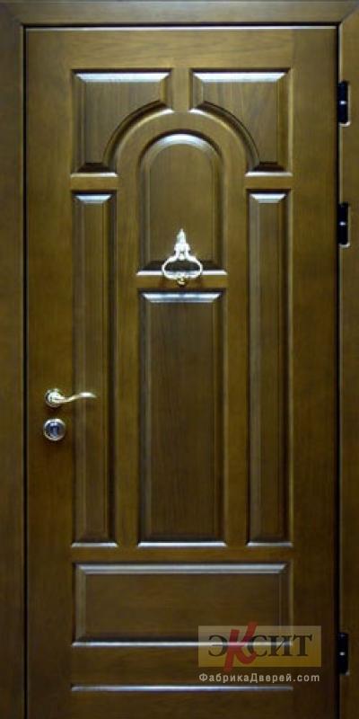 входные металлические двери с отделкой массив